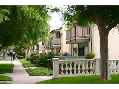 Orangewood Villa Apartments