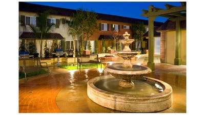 Tustin Parc Townhomes & Apartments