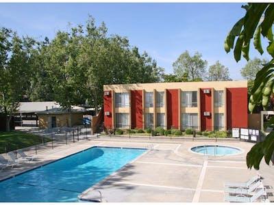 Sycamore Village Apartments