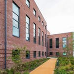 fresh-student-living-exeter-cricket-field-court-01-entrance-photo-04-1024x768