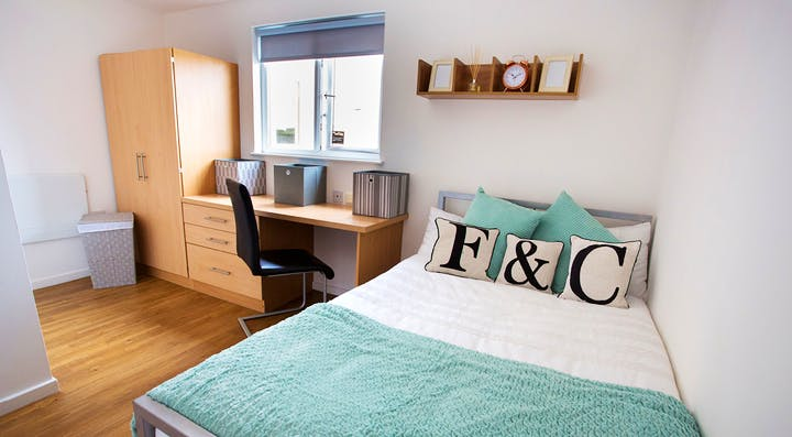firhill-court-classic-ensuite