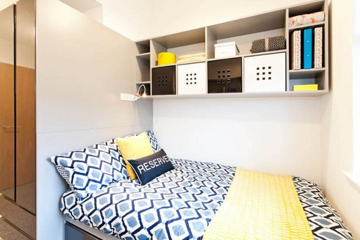 Glasgow Student Accommodation Clifton House en suite 2
