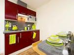 Quebec-House-Kingston-Bronze-Studio-2-Unilodgers-14961332474