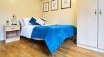 manchester-court-bedroom