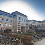 https___api.prestigestudentliving.com_wp-content_uploads_2020_08_brunswick-house-courtyard-left1