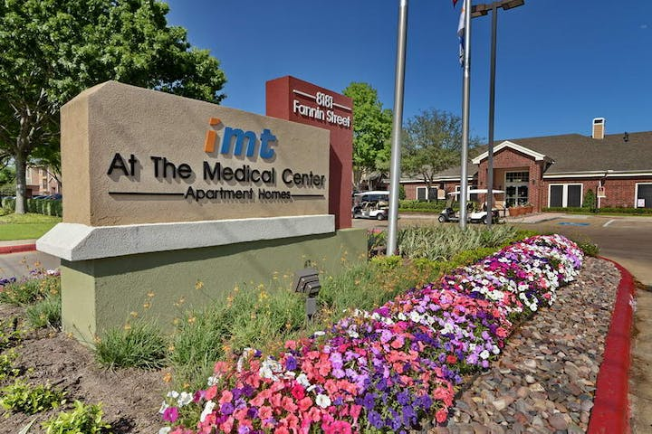 IMT At The Medical Center in Houston - Amberstudent com