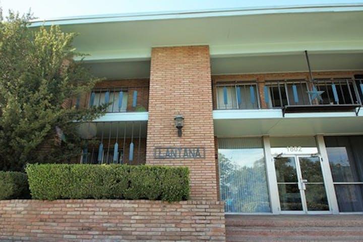 Lantana-building