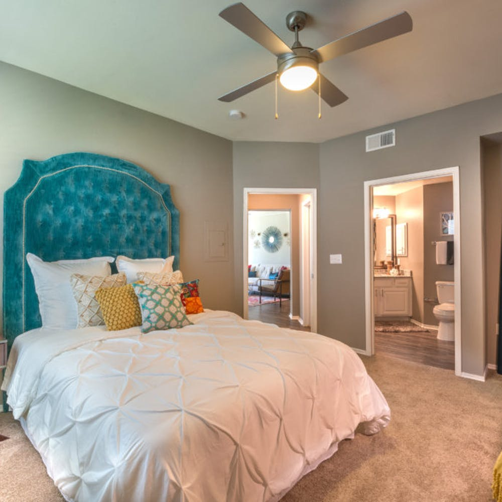 Frankford Place Apartments: The Pearl On Frankford In Dallas, United States