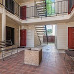 exterior-apartemant-stairs-gallery