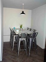 Myrtle-Street-Liverpool-8-Bed-Flat-Dining-Room-Unilodgers-1496044646