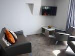 Myrtle-Street-Liverpool-2-Bed-Flat-Bathroom-Unilodgers-14960446183