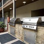 300-amenity-exterior-barbeque-area