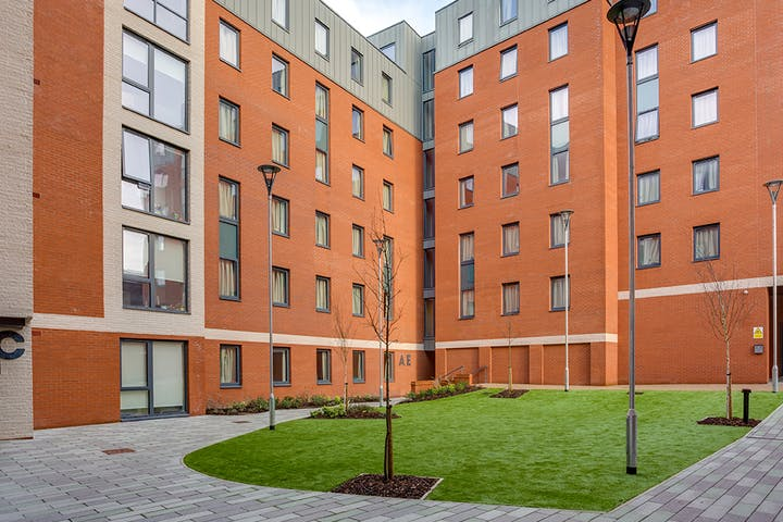 10-student-accommodation-preston-the-tramshed-courtyard