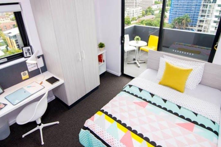 5-Bedroom-Apartment
