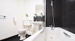 manchester-house-bathroom2