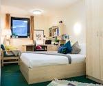 NewportGoldBedroom-600x504