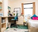 NewportBronzeBedroom-600x504