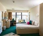 NewportPlatinumBedroom1-600x504