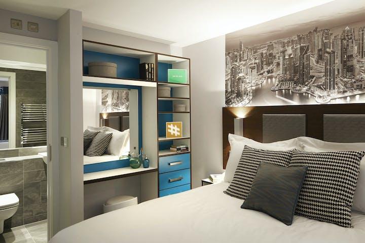 Grande Bedroom1