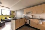 Birmingham-Communal-Kitchen_950a599b67fc338ed08e8645322a4cd2