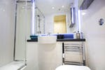 Ensuite-Bathroom-Dobbies-Point_950a599b67fc338ed08e8645322a4cd2