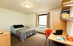 Huntsman-House-Sheffield-Deluxe-En-Suite-Unilodgers-1495803315