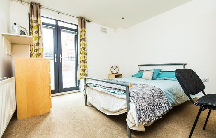 Mary-Page-House-Sheffield-Bedroom-Unilodgers-1495864610
