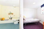 Sheffield2-Pickering-House-flat3-ensuite-2_950a599b67fc338ed08e8645322a4cd2