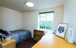Solly-House-Sheffield-Deluxe-Room-Unilodgers-14958706821
