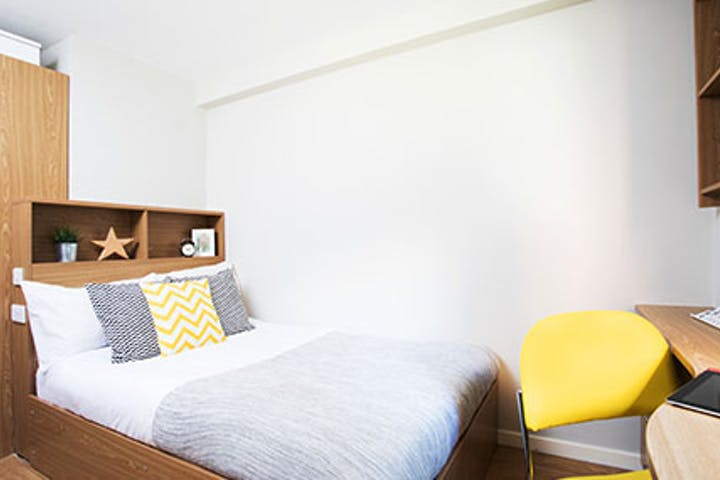 new_mb_crm_bedroom