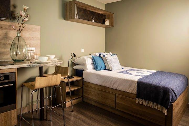 west-gate-exeter-student-accommodation-studio-1030x687