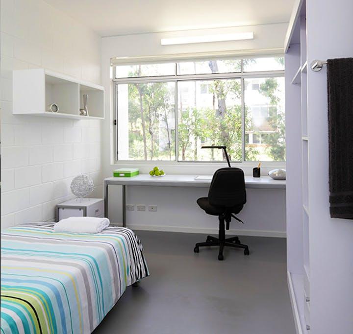 au-guv-apartment-bedroom