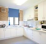 au-scu-coffs-harbour-apartment-4-bedroom-kitchen