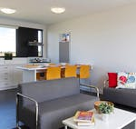 au-uws-penrith-apartment-4-bedroom-lounge