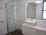 173-Macquarie-St-Bathroom