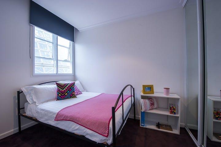 UniLodge-on-Swanston-1-Bedroom-Study-Bedroom-2