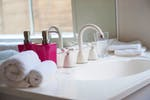 UniLodge-on-Swanston-1-Bedroom-Study-Bathroom-1