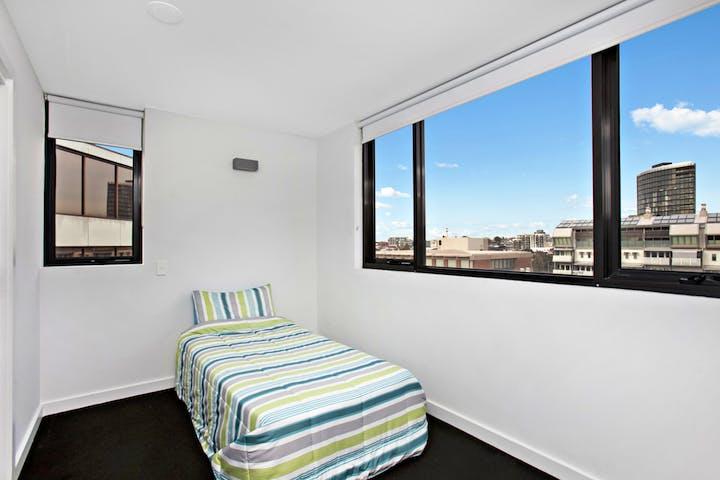 UniLodge-on-Raleigh-One-Bedroom-Bedroom