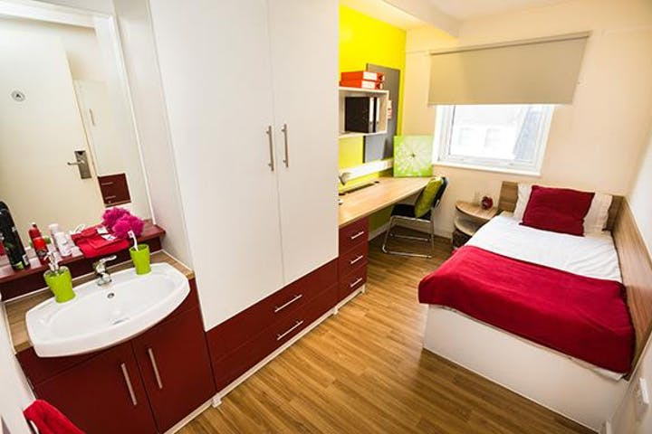 Copy of The-Arcade-bedroom-shot-2-student-accommodation-in-london_3