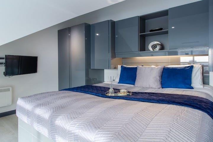 Student-accommodation-Premium-Mezzanine-Studio(17)