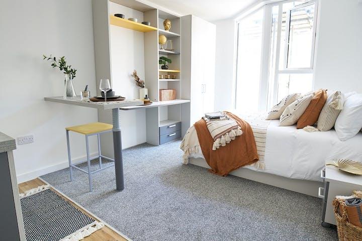 foundry-studios-bedroom1-1