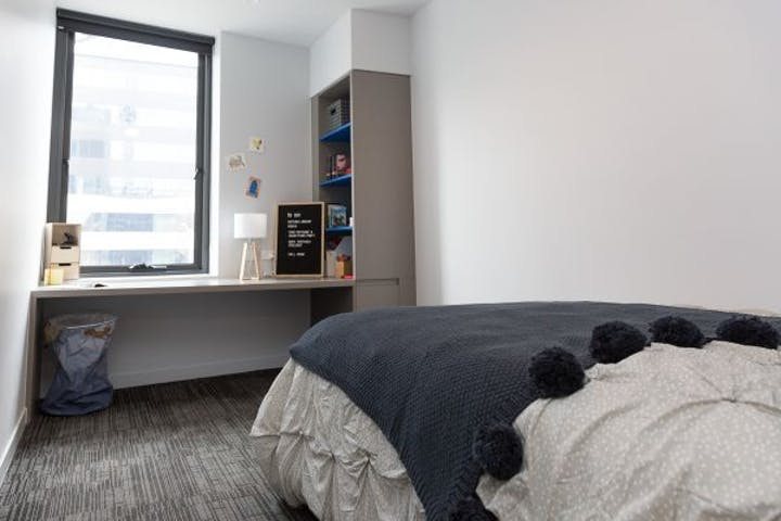 RMIT-Village-1-bed-studio-bedroom-600x400