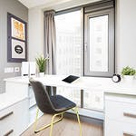 liv_horizh_brm_showflat_rg_desk_mg_1134_jj_03_web