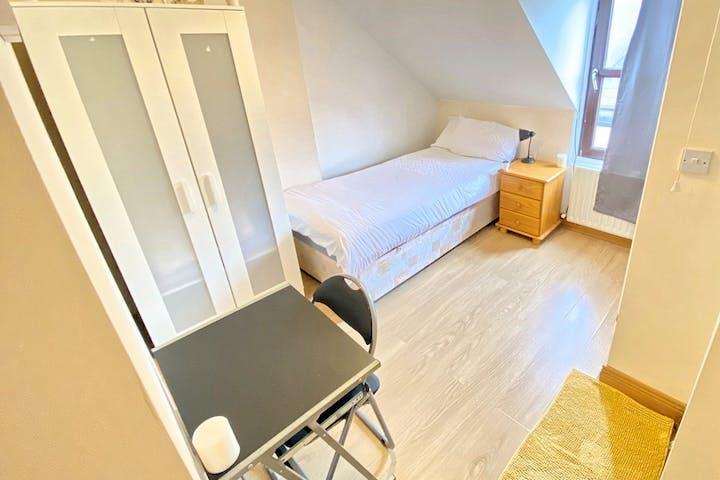 Tower - Room 4.1 Single ensuite