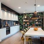 Urbanum_Common_Kitchen-7b1fb010ac3ad12c61009bfb9c5d50aa