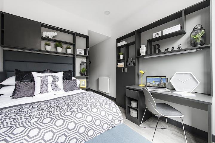 New Mill En Suite