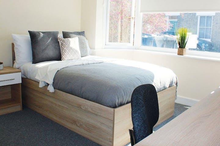 1-student-accommodation-9-sedgwick-street-bedroom-1