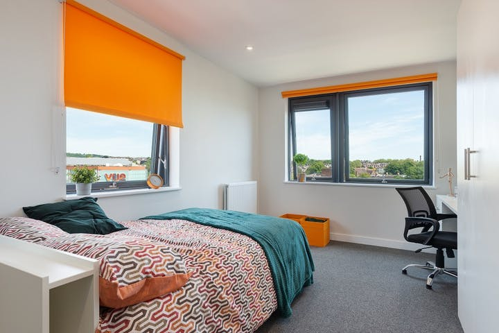 Central-Living-Exeter-Cluster-Bedroom-PJSPhotography-25th-May-2020-DSC_9004