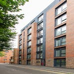 1-student-accommodation-dover-street-apartments-external