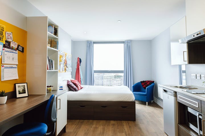 Kaplan-Living-Bournemouth-Studio-1